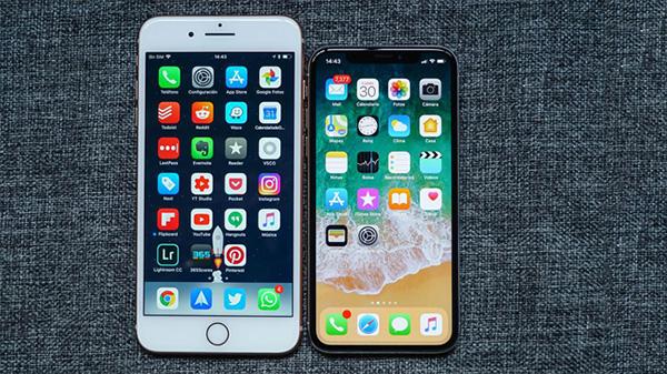 So sánh kích thước và khả năng hiển thị màn hình iPhone 8 Plus và iPhone X