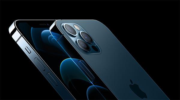 iPhone 12 Pro vừa nhỏ gọn vừa mạnh mẽ.